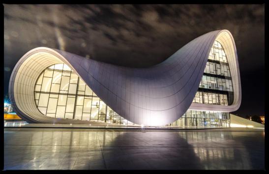 Heydar Aliyev - centre culturel - Bakou - Azerbaïdjan - Agence Zaha Hadid - 2012 - Photo Thomas Brenac - 01